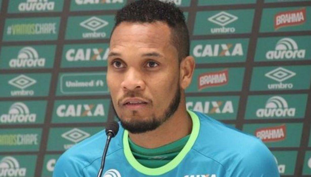 Presidente confirma que William Thiego era reforço do Santos