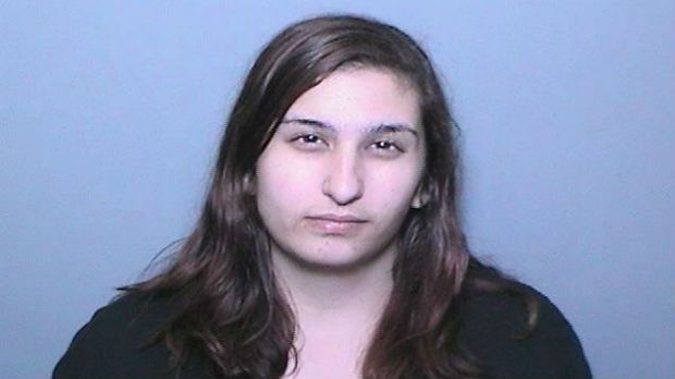 Mulher é presa por usar Facebook para incriminar o ex