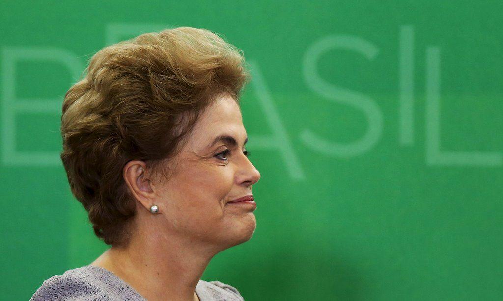 Dilma diz ver mudança de tom após denúncias chegarem ao PSDB