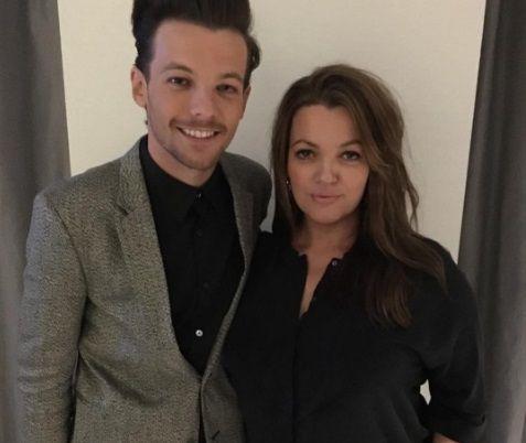 Mãe de Louis Tomlinson, do One Direction, morre aos 42 anos