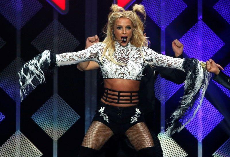 Britney Spears durante apresentação em Los Angeles / Mario Anzuoni/Reuters