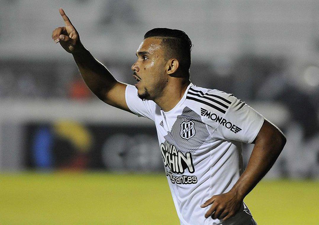 Corinthians não pediu para Pottker não jogar, diz dirigente da Ponte