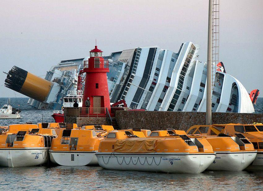 Capitão do Costa Concordia foi negligente, diz corte