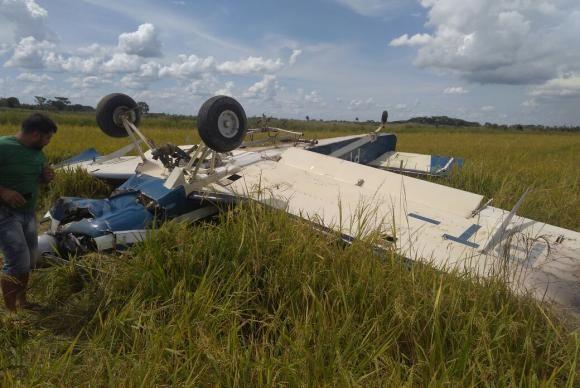 Avião com droga que caiu no Paraná estava com licença de voo suspensa