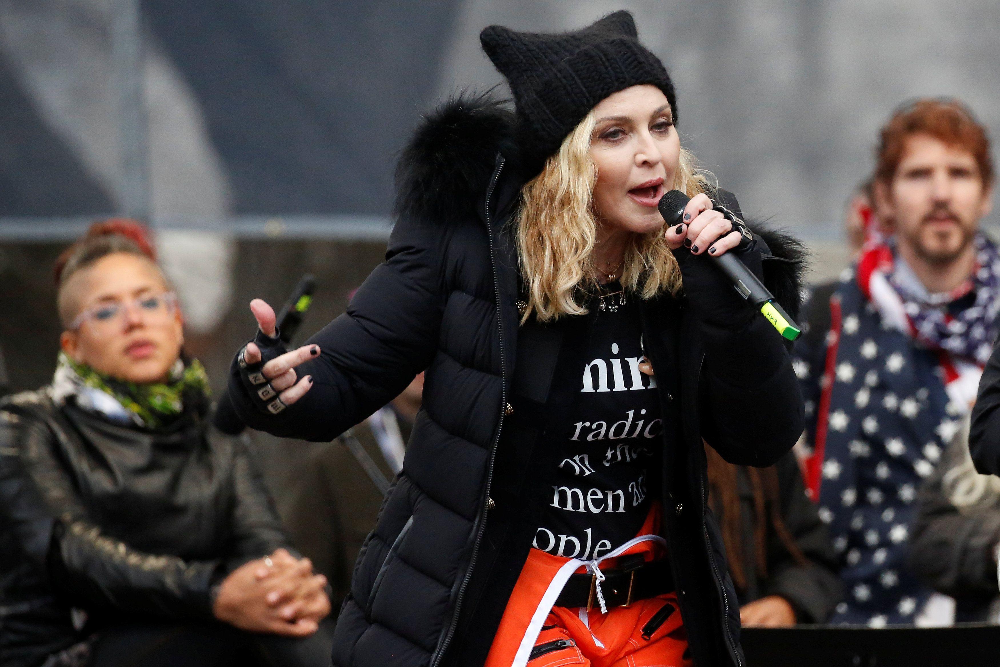 Madonna revela o nome de gêmeas adotadas no Malawi