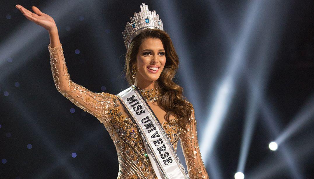 Francesa desbanca 85 concorrentes e conquista título de Miss Universo