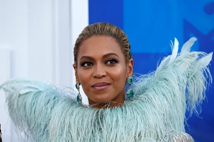 Beyoncé é processada em US$ 20 mi por usar voz sem autorização