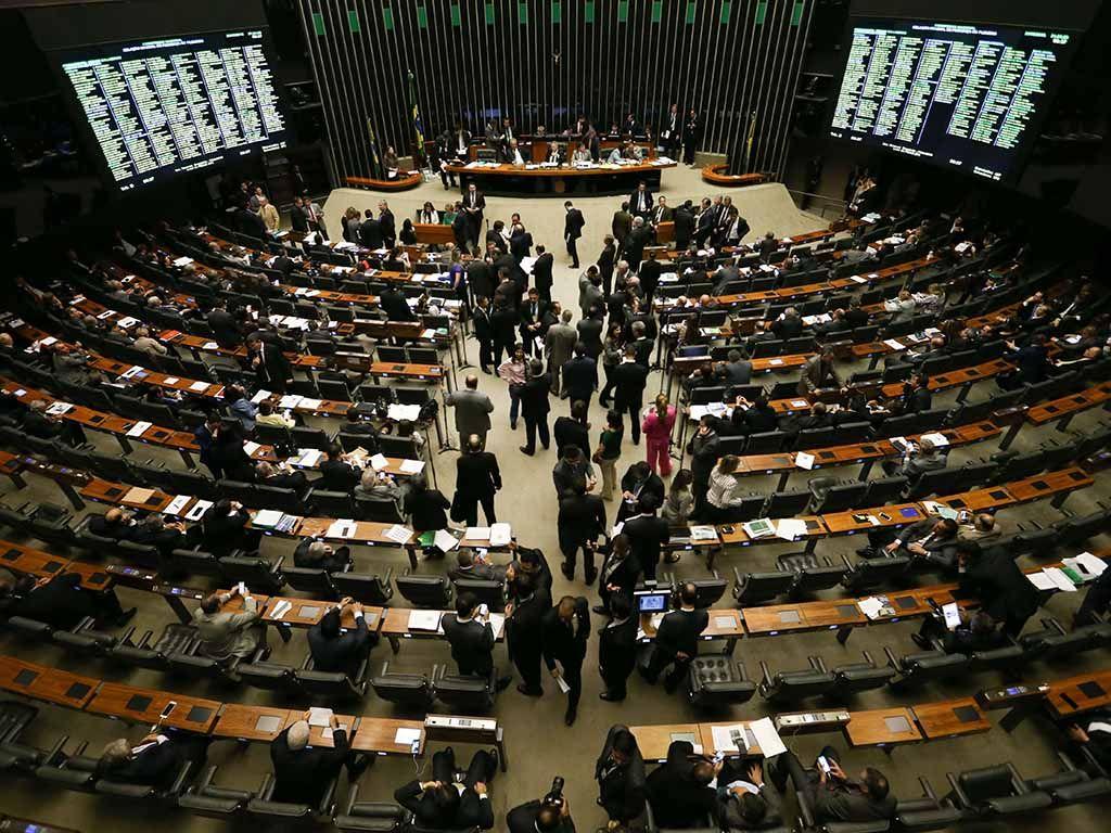 Impasses em comissões 'travam' 18 mil projetos
