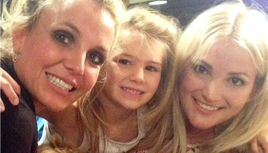 Sobrinha de Britney Spears passa bem após acidente grave