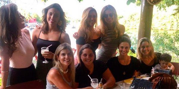 Priscila Montadon, Fernanda Gentil e amigas