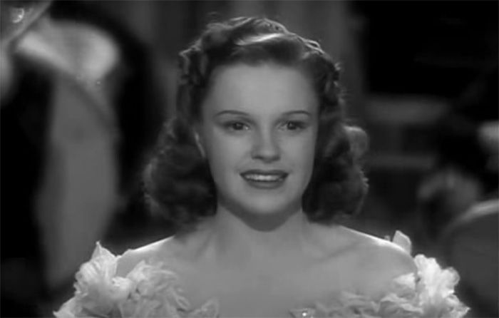 Ex-marido diz que Judy Garland foi molestada por anões