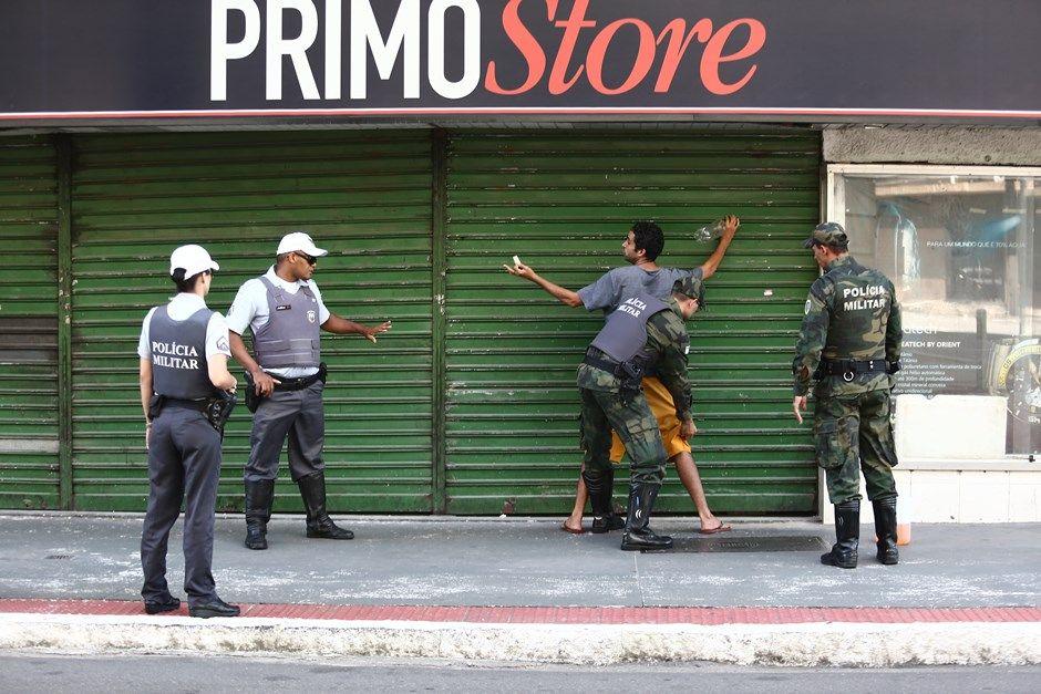 Em fevereiro, polícia do ES parou por 21 dias / Wilton Junior/Estadão Conteúdo