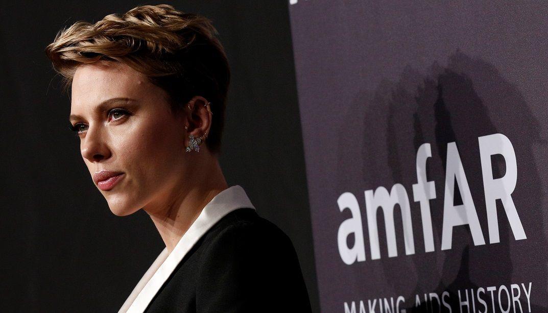 Scarlett Johansson diz que não é natural ser monogâmico