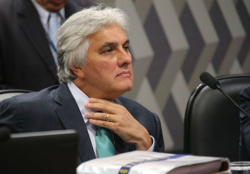 PGR ameaça anular delação de Delcídio Amaral