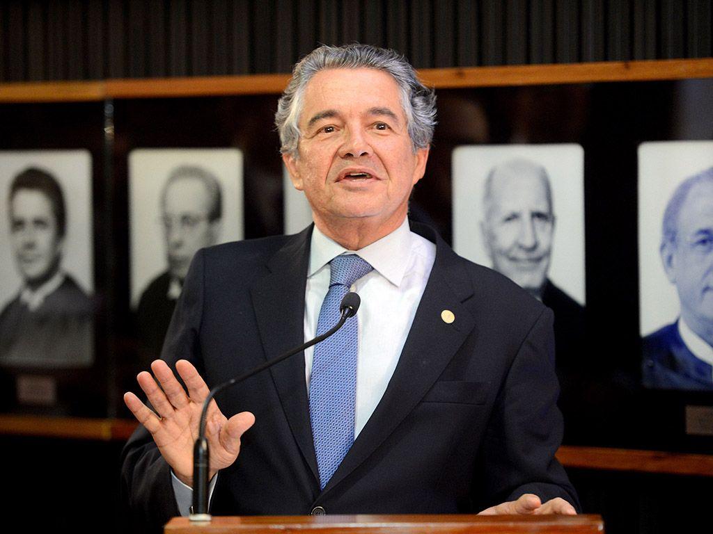 Mello: devemos questionar o uso dos dinheiros dos nossos impostos / Wilson Dias/Agência Brasil