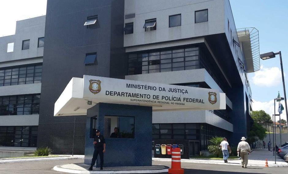 Incêndio atinge sala da Polícia Federal em Curitiba