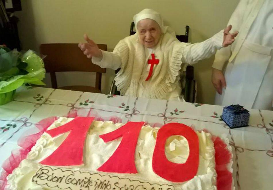 Papa parabeniza freira mais idosa da Itália por aniversário