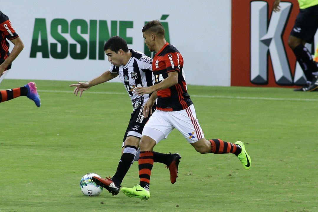 Em jogo fraco, Ceará e Flamengo empatam sem gols pela Primeira Liga