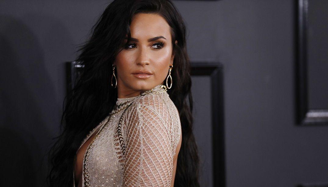 Demi Lovato fala sobre namoro com lutador brasileiro