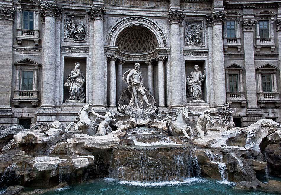 Para onde vão as moedas da Fontana di Trevi?