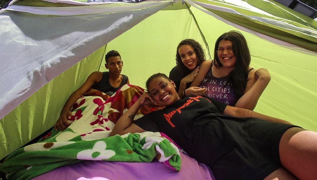 Fãs de Justin Bieber estão acampados há quatro meses