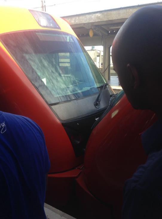 Trens colidem e seis pessoas ficam feridas na Grande São Paulo