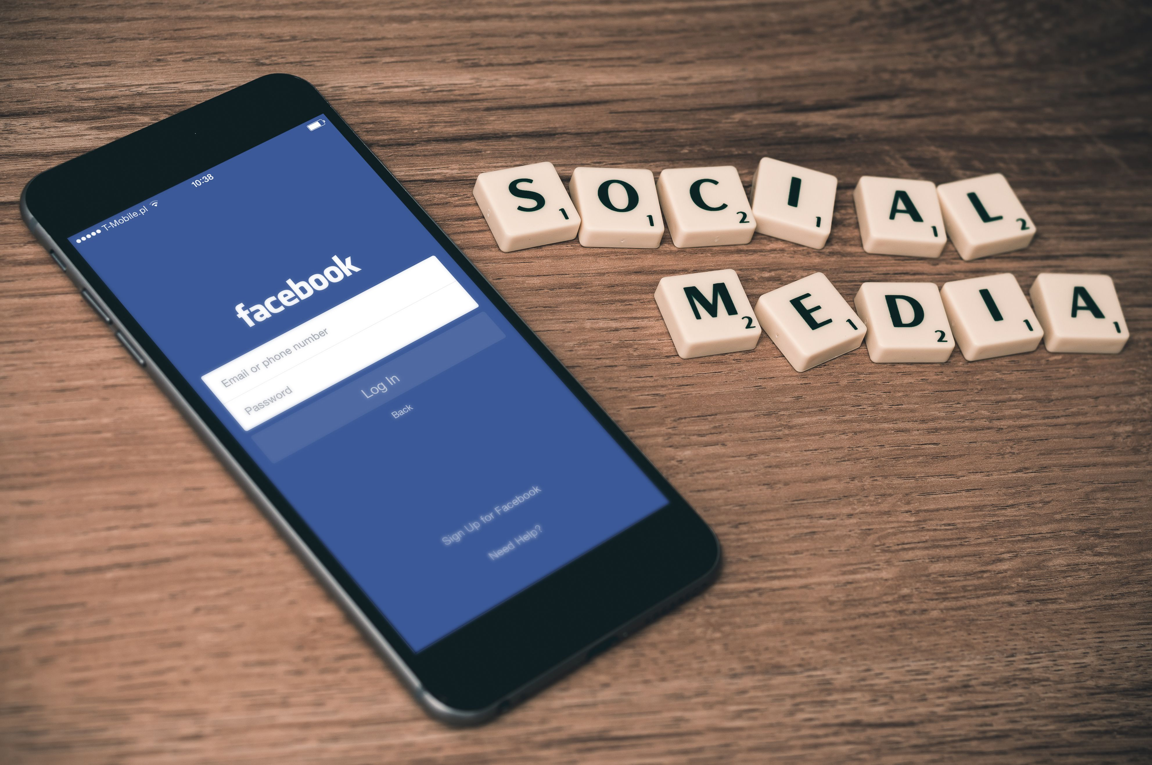 Facebook lança nova ferramenta para prevenir suicídios