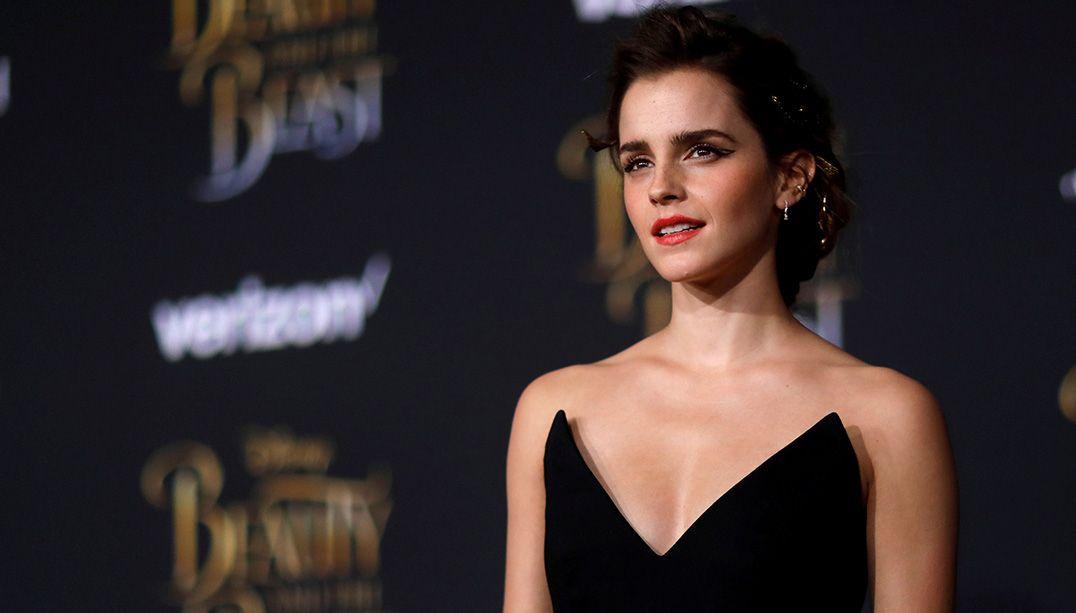 Emma Watson diz que foto em revista não contraria feminismo