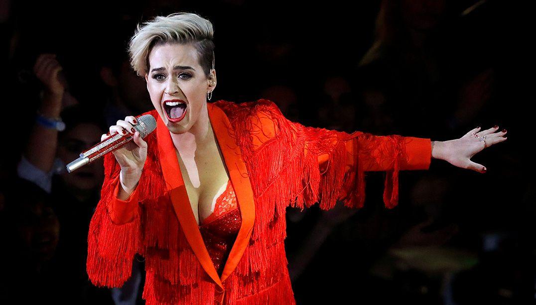 Katy Perry vai receber prêmio da comunidade LGBT