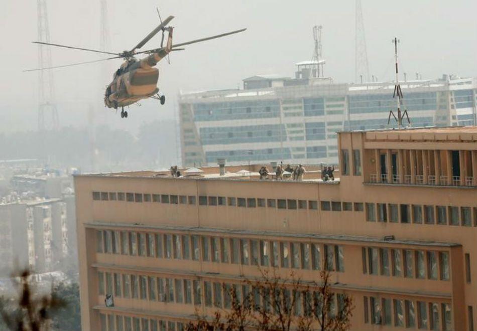 Estado Islâmico ataca hospital em Cabul