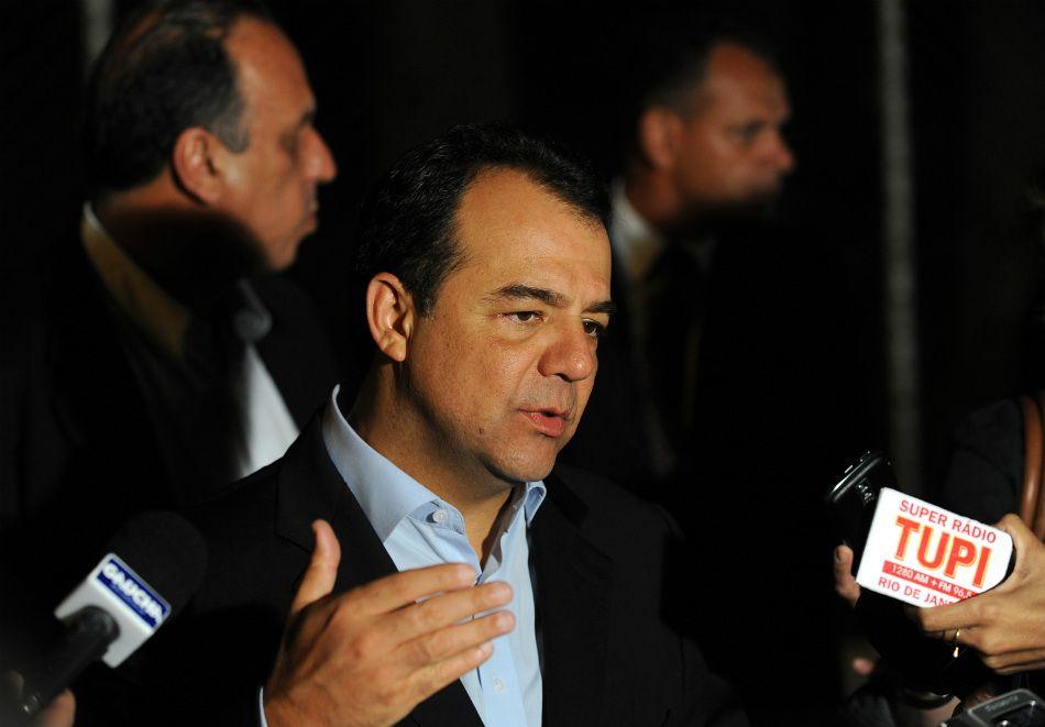 Quadrilha de Cabral aumentou gasto de reforma do Maracanã de R$ 705 milhões para R$ 1,2 bilhão. / Fabio Rodrigues Pozzebom/ABr