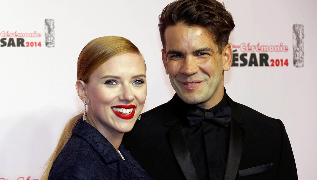 Scarlett Johansson pede divórcio de jornalista francês