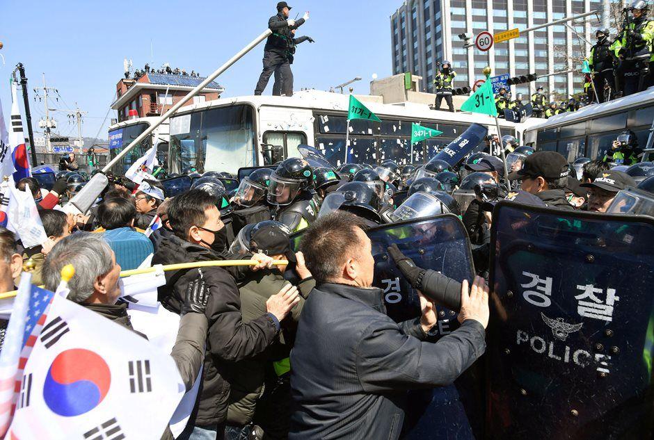 Coreia do Sul: pelo menos duas pessoas morrem em protesto