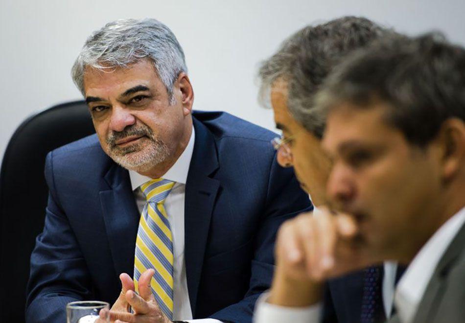 Meio político está preocupado com delações da Odebrecht, diz Costa
