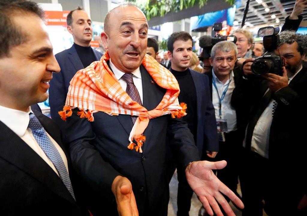 Holanda veta pouso de avião com ministro e abre crise com Turquia