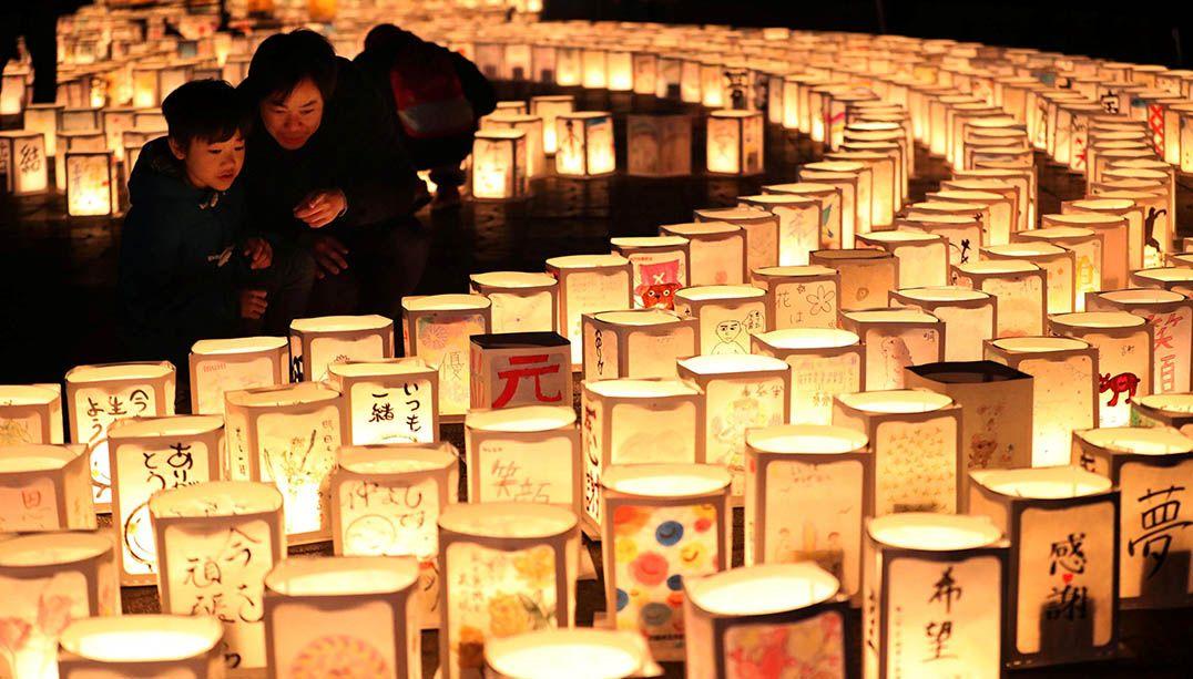 Japoneses relembram 6 anos da catástrofe de Fukushima