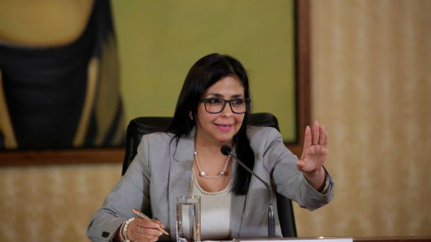 Chanceler venezuelana chama de insolente fala de Aloysio Nunes