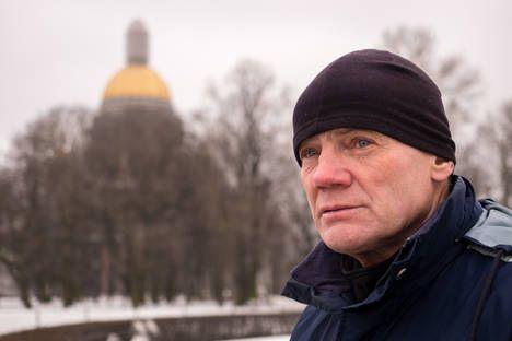 Após 24 mil km, aposentado russo conclui volta ao mundo a pé