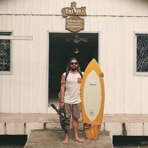 Surfista gaúcho, dado como morto, permanece em estado grave