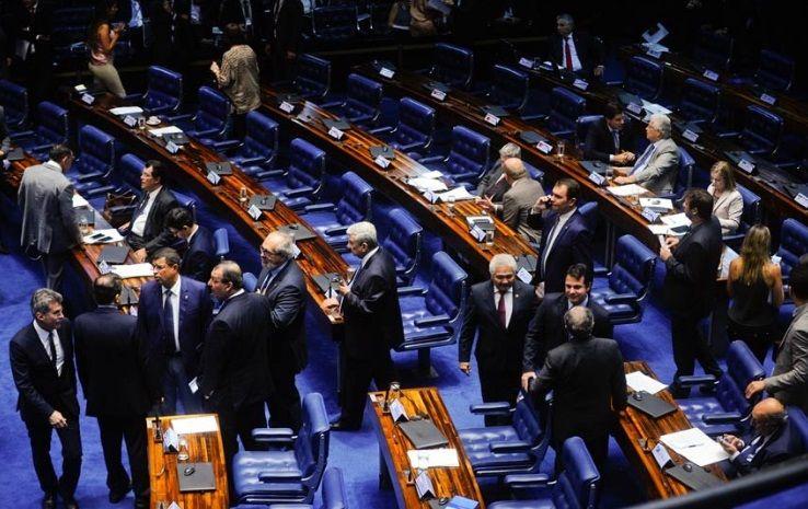 Senadores tentam acelerar projeto que endurece regra sobre greve