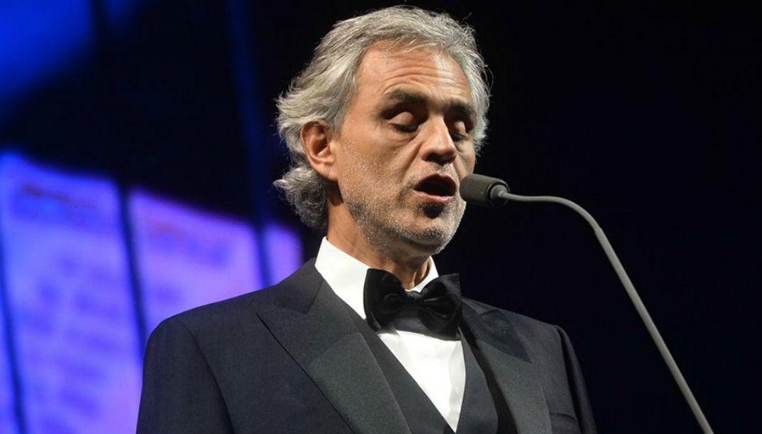Andrea Bocelli inaugura espaço multifuncional na Toscana