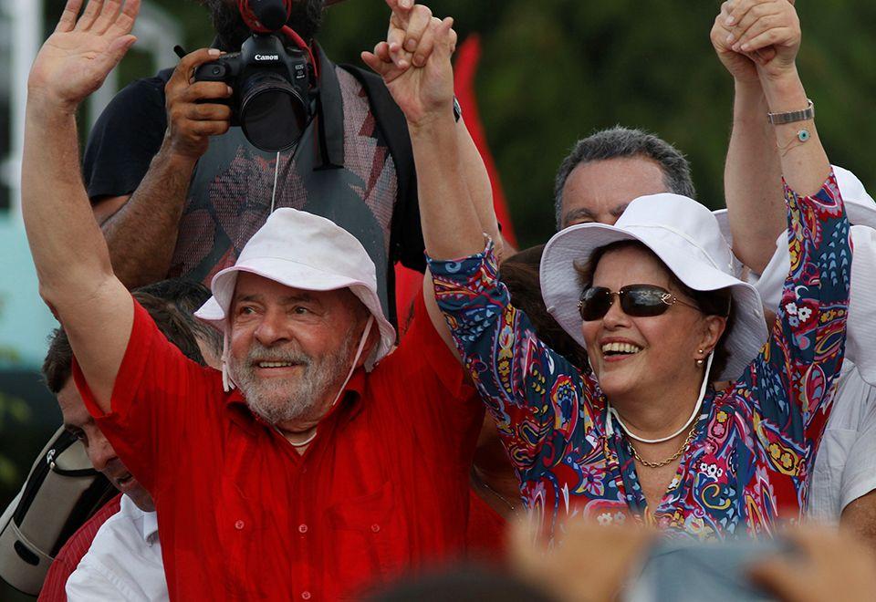 Lula e Dilma durante inauguração popular da transposição / Nuno Guimaraes/Reuters