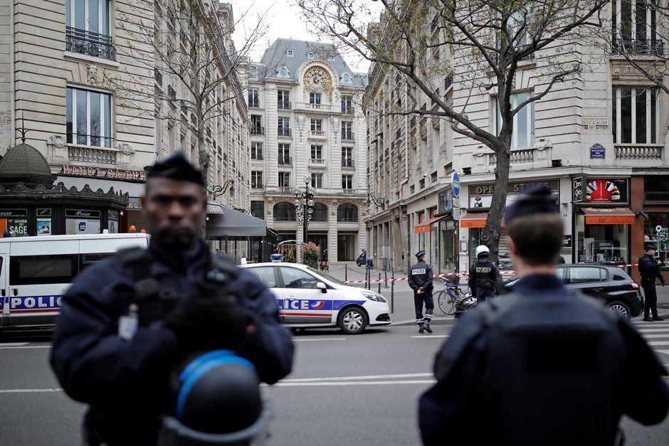 Tribunal é esvaziado em Paris após telefonema com ameaça de bomba