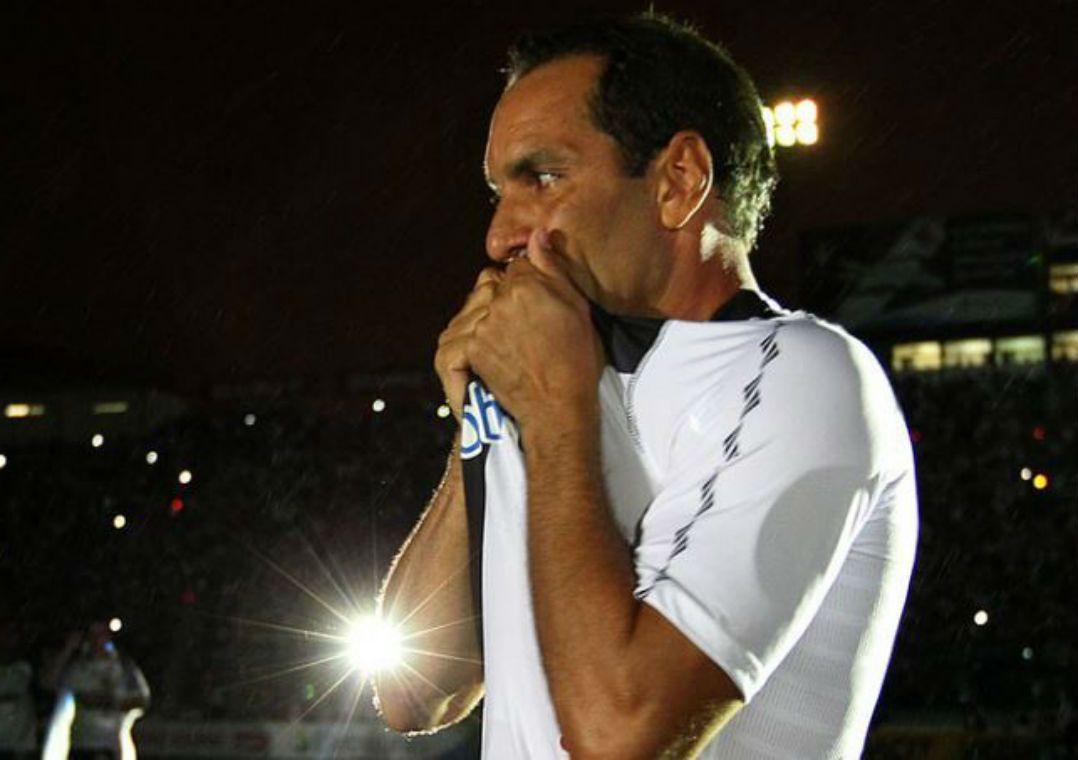 Edmundo disse que era contra chegada de Milton Mendes ao Vasco porque ele era ligado a Carlos Leite / Marcelo Sadio/Site Vasco