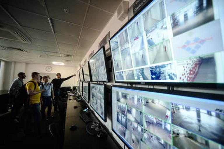 Software permite identificar criminosos no meio de multidões