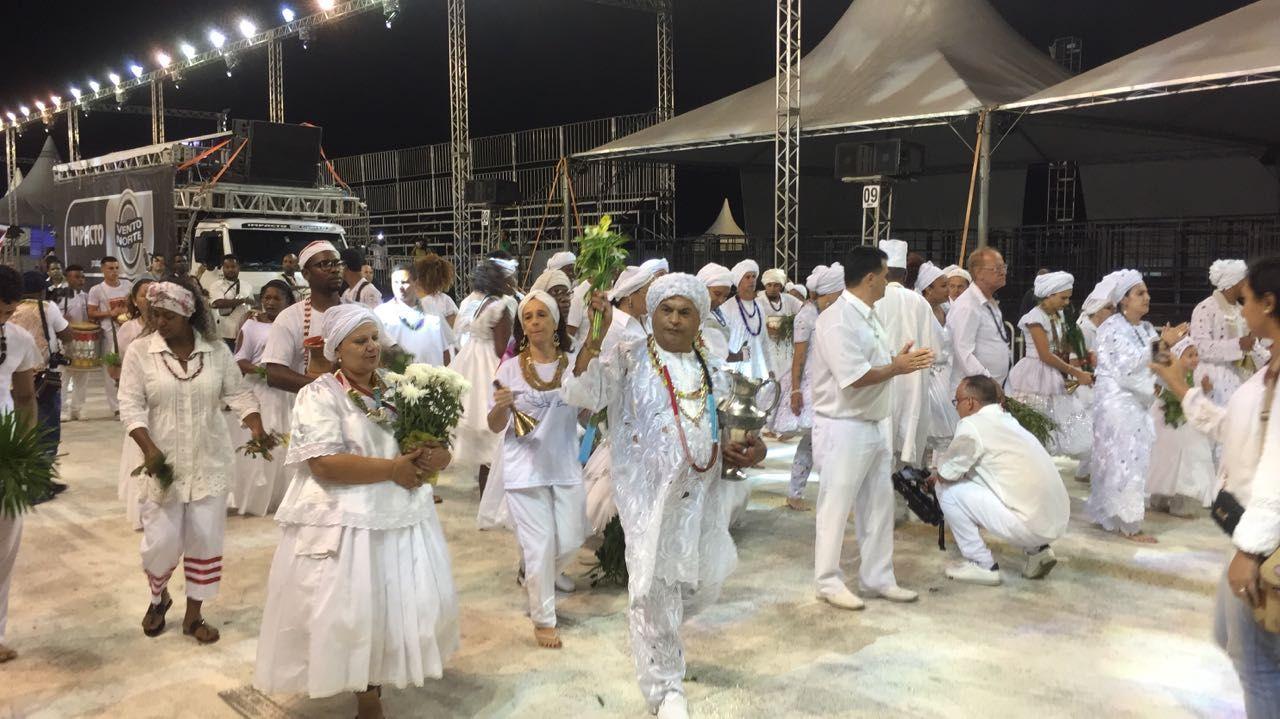 Rádio Bandeirantes transmite desfiles da Série Prata