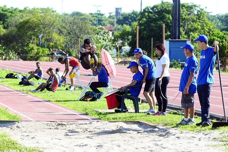 Cem atletas buscam preparação e pontos no ranking na Taça Junia