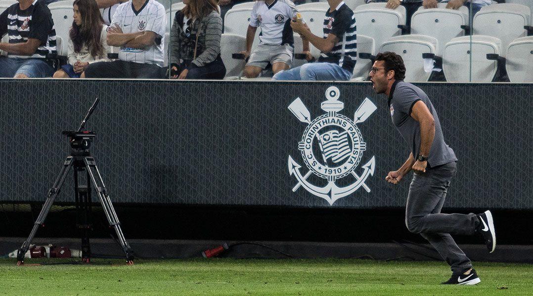 Alberto Valentim: Segurança do Corinthians evitou o pior