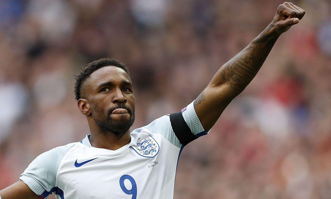 3854516324 Defoe marcou um dos gols da vitória da Inglaterra nas Eliminatórias (Foto   John Sibley Livepic Reuters)