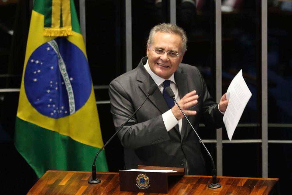 Renan fura com centrais e não comparece em ato contra governo